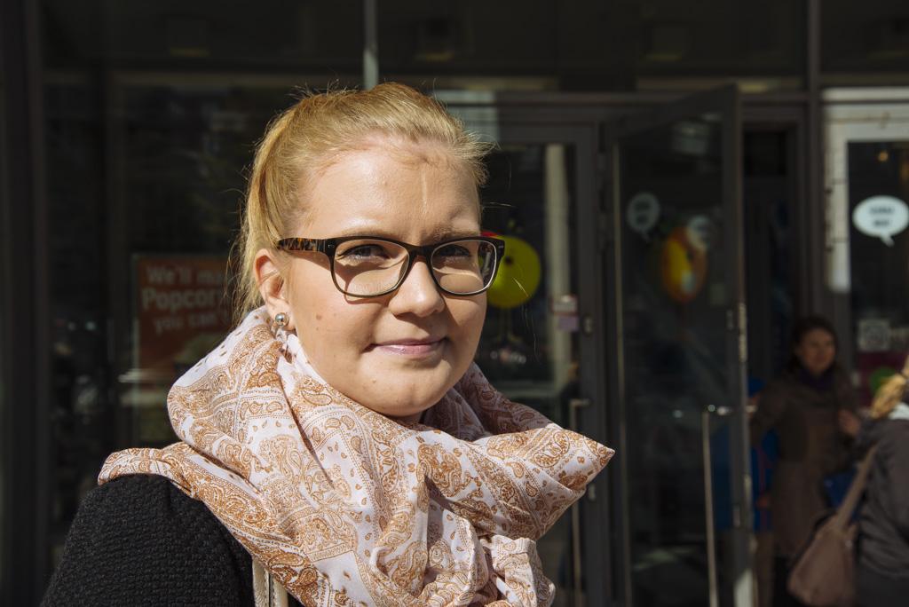 Heini Nevalainen nauttii elokuvien katselusta vaatimattomimmiltakin kankailta.