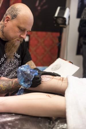 iisa_kinnunen_trombit_tatuointi (4 of 11)